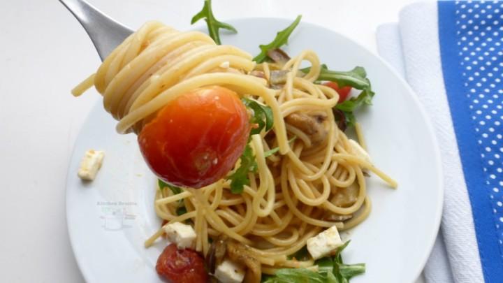 Spaghetti-melanzane-e-pomodorini