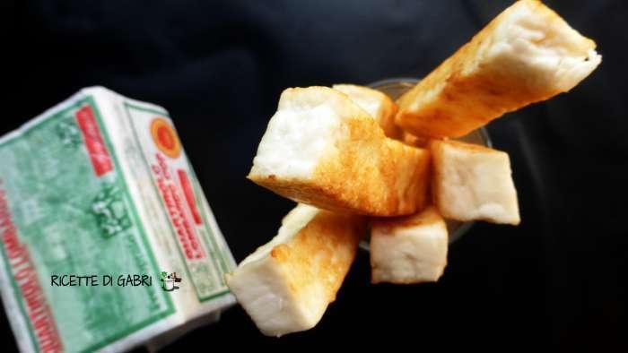 quartirolo in padella - antipasto veloce formaggio
