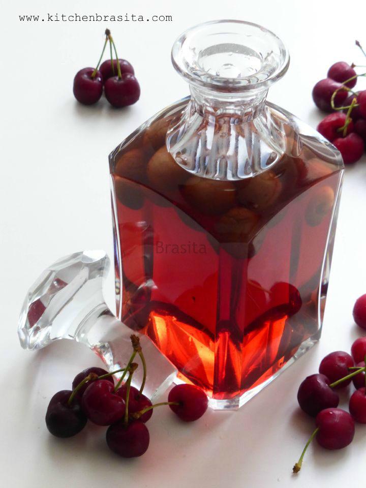 liquore con ciliegie
