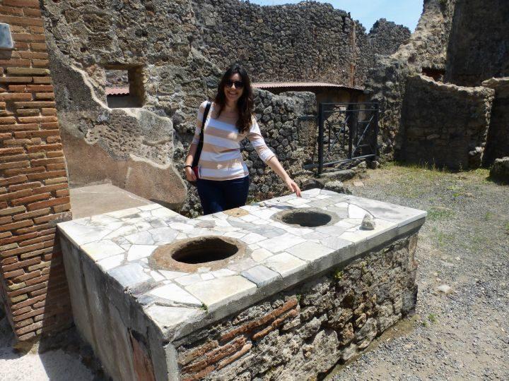 venite venite!! le migliori olive di Pompei sono le mie!! olve olive in offerta!! Abbiamo anche tanti piatti caldi e gustosi