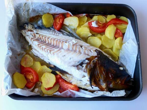 cernia-forno-patate-pomodori-ricetta