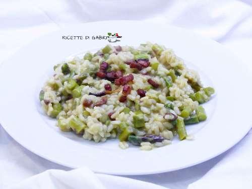 risotto agli asparagi ricetta facile e cremosa