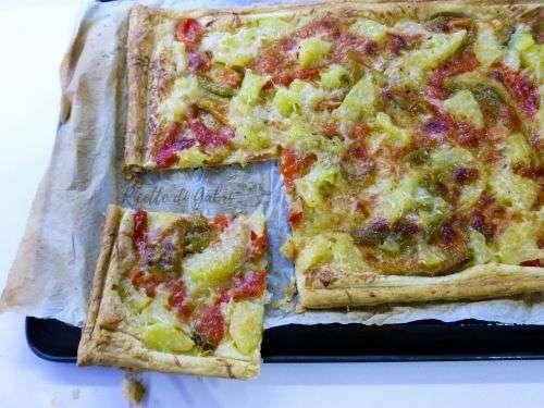 ricetta pasta sfoglia patate peperoni parmigiano torta salata facile