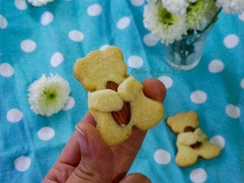 biscotto a forma di orsetto