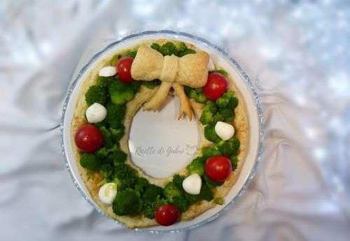 torta salata di natale ghirlanda di pasta sfoglia