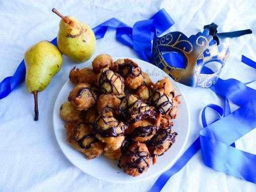 castagnole pere e cioccolato rocetta carnevale dolce