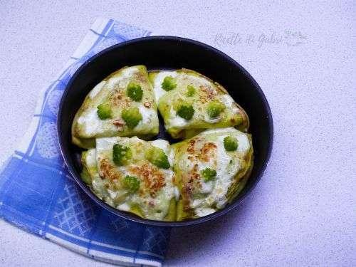 Crepes con crema di broccolo romanesco e salmone