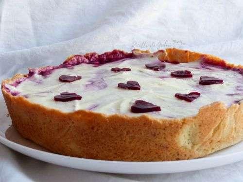 crostata crema mascarpone e frutti di bosco gelatina cuore san valentino