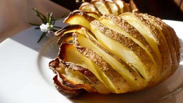 patate a fisarmonica cotte patate al forno sfiziose