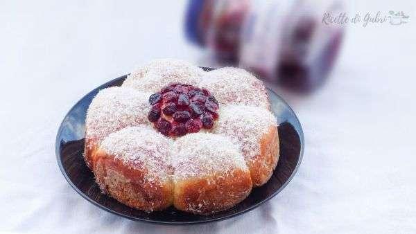 pan brioche sofficissimo ricetta facile brioche marmellata rosa