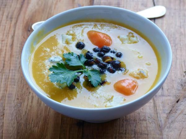 vellutata di carote e patate facile e veloce