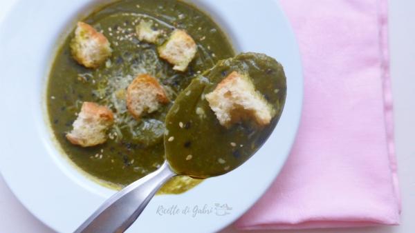vellutata con scarti di broccoli ricette foglie broccoli