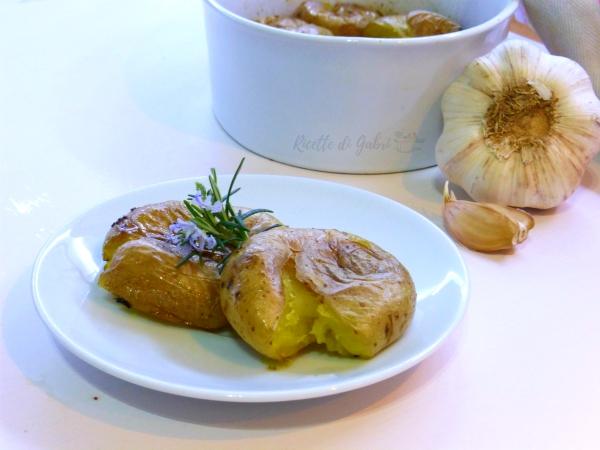 patate al forno alla portoghese batatas ao murro al cazzotto