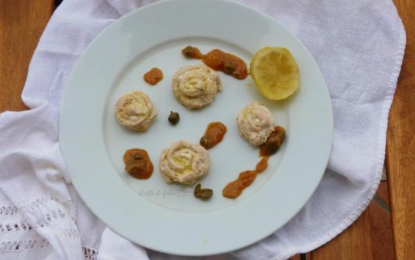rose di petto di pollo al limone e capperi ricetta facile