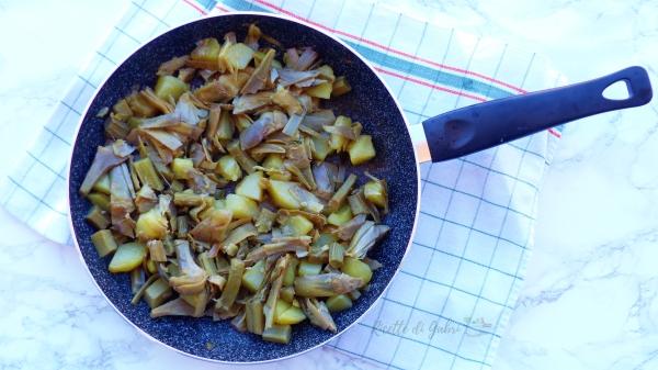 carciofi e patate in padella contorno veloce