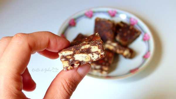 Torta salame di cioccolato senza uova ne burro,torta di biscotti secchi,palha italiana