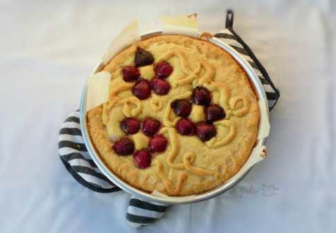 Torta crostata di ciliegie e ricotta