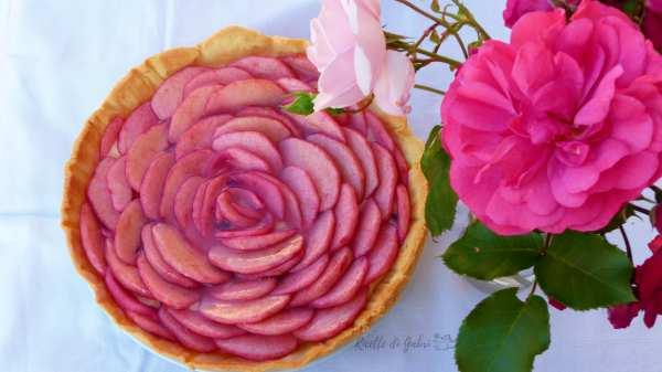 torta rosa di mele crostata crema mele e alchermes a forma di rosa