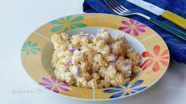 pasta con ricotta e fiori di carciofi ricetta facile pasta romana