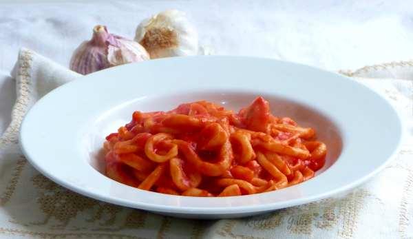 pici all aglione fatti in casa ricetta vera toscana