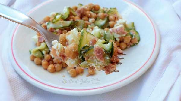 insalata di ceci fredda ricetta facile veloce sfiziosa