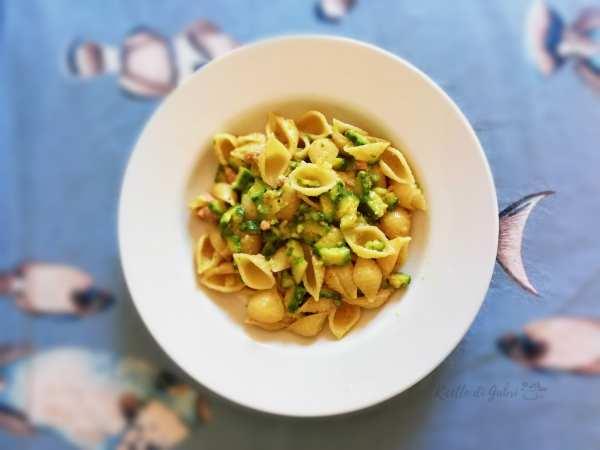 pasta con zucchine e tonno ricetta facile e veloce