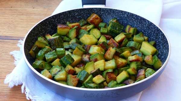 zucchine trifolate in padella ricetta facile perfetta veloce