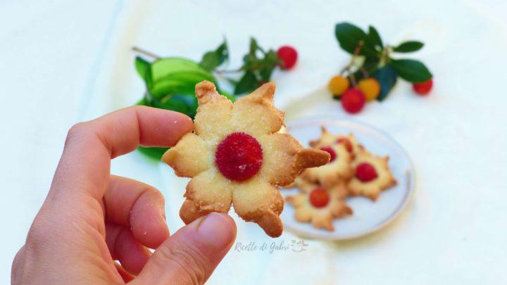 biscotti di pasta frolla con corbezzoli freschi ricette di gabri facili e veloci