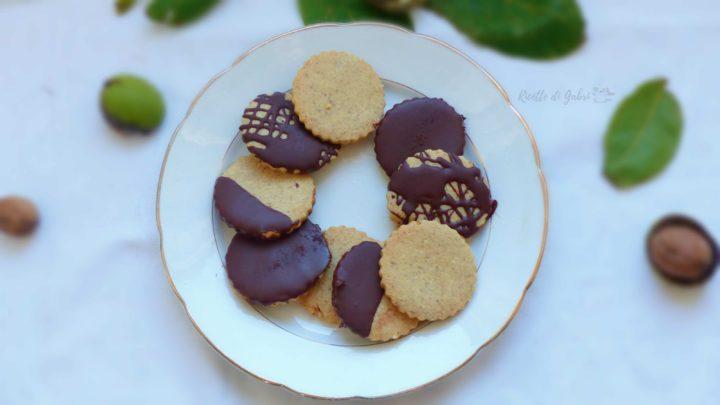 biscotti noci e cioccolato facili e veloci ricetta pasta frolla noci gabri