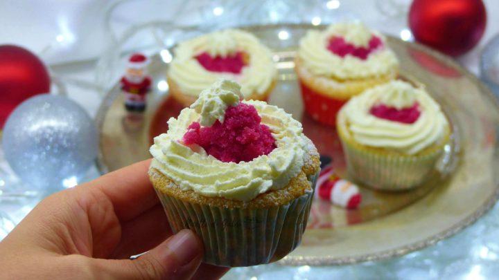 muffins natalizi cardinali sardi a forma di cappello di babbo natale ricette di gabri dolcetti per natale