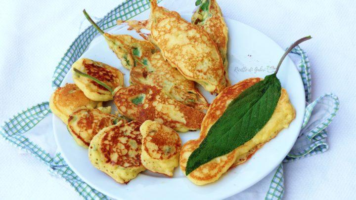 pancakes salati soffici con salvia fresca salvia in pastella ricetta facile sfiziosa