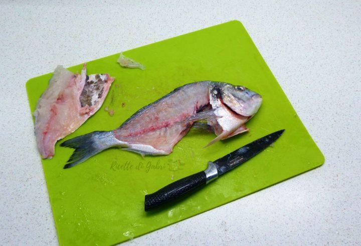 come sfilettare l'orata ricette filetto pesce fresco in padella facile veloce gabri