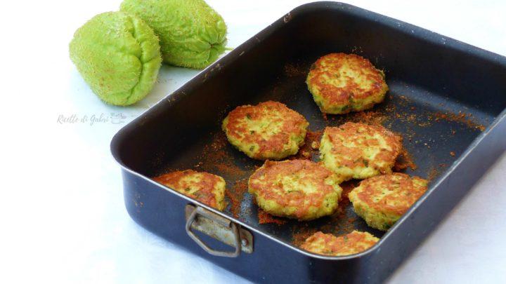 polpette di zucchine al forno ricetta facile con zucchine spinose chayotte o patate spinose