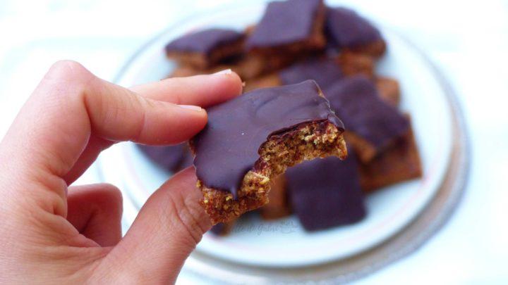 biscotti con fichi secchi barrette ai cereali fatte in casa ricetta facile gabri