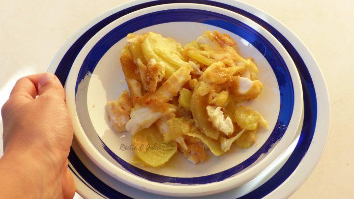 pesce balestra al forno ricetta facile veloce con patate e parmigiano gabri