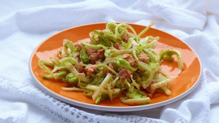 come pulire e cucinare le puntarelle ricetta insalata con tonno di gabri