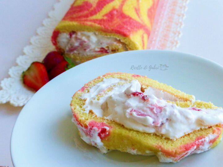 rotolo soffice alle fragole fatto in casa ricetta facile di gabri pasta biscotto marmorizzata