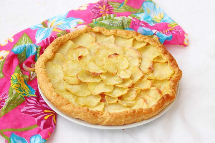 torta salata di pasta sfoglia con patate e prosciutto cotto ricetta facile veloce salva cena di Gabri