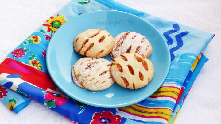 biscotti di frolla ripieni di marmellata ricetta facile e veloce di gabri