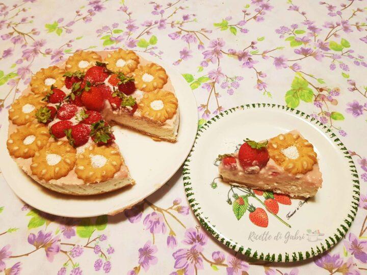 cheesecake senza cottura fragole cocco cioccolato bianco ricetta facile gabri biscotti bucaneve