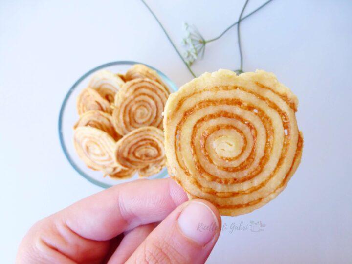 biscotti salati al parmigiano ricetta chips gabri aperitivo sfizioso facile