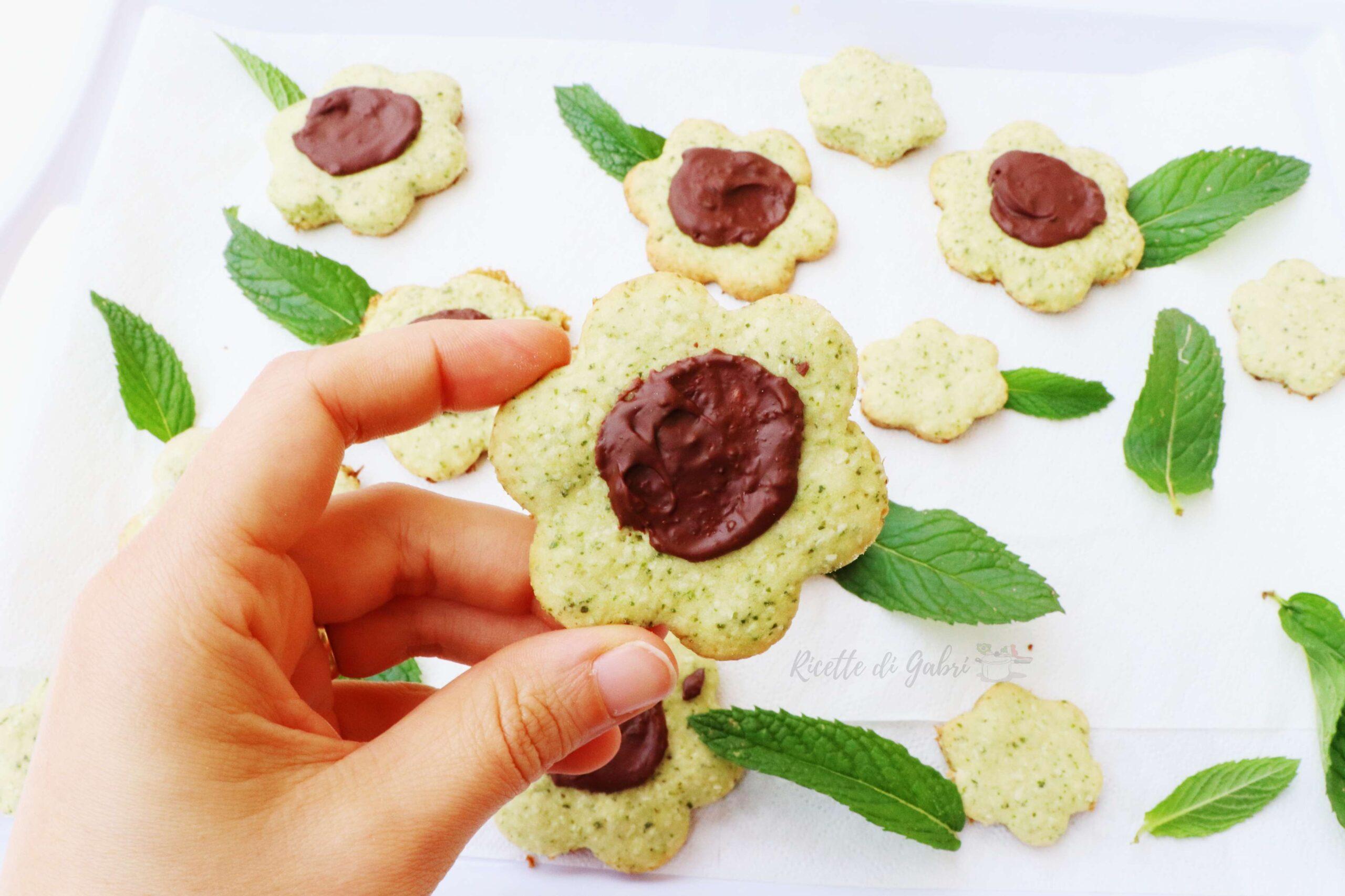ricetta biscotti menta cocco e cioccolato gabri frolla alla menta senza burro facile veloce