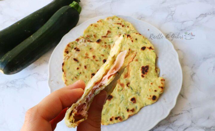 piadina di zucchine ricetta facile veloce in padella piada con zucchine nell'impasto